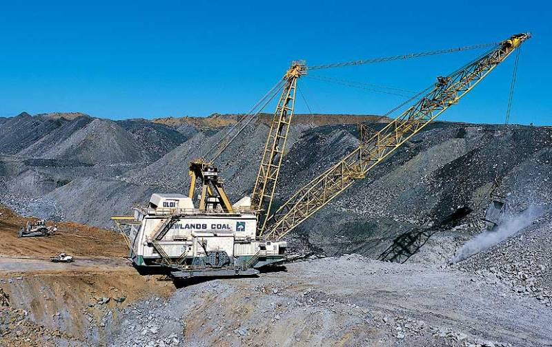 Newland Coal Mine dragline Source: Leighton Holdings